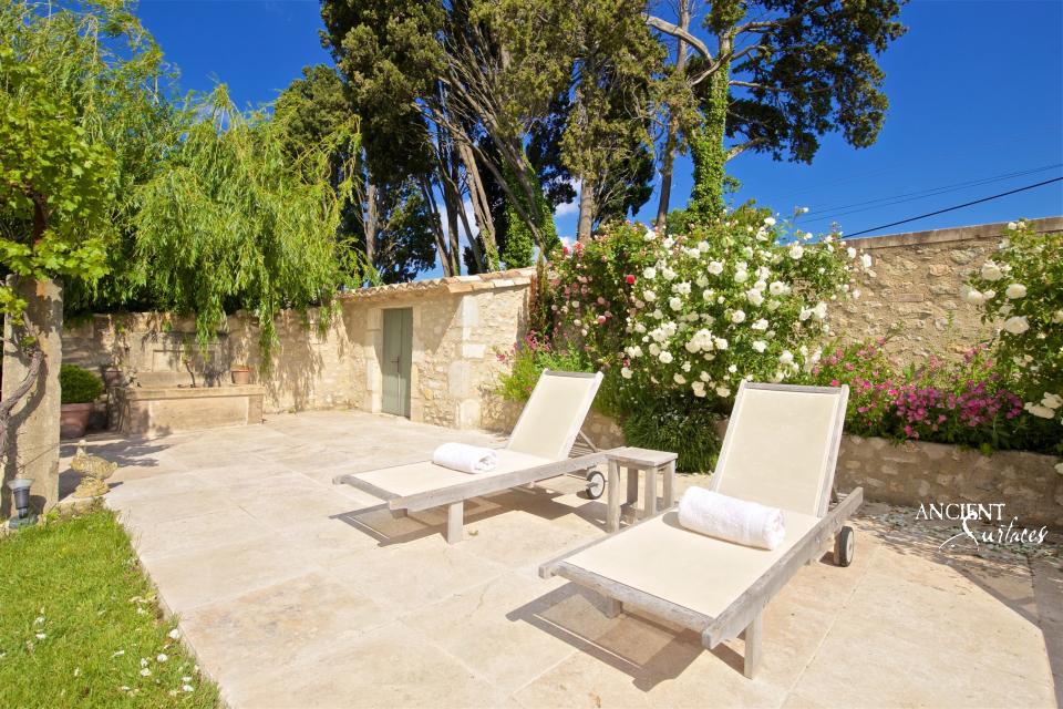 limestone-wall-cladding-farmhouse-beautiful-floor-stone